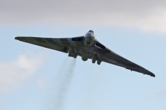 Avro Vulcan XH558 1