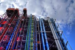Architettura industriale...colorata - Industrial architecture...coloured (Bluesky71) Tags: paris centrepompidou beaubourg parigi centropompidou