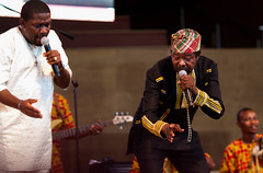 King Sunny Ade (Boye not Bowyer) Tags: summer chicago public artist live livemusic performance free millenniumpark 135mm ksa nigerian yoruba concertseries naija kingsunnyade canon7d