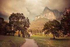 * [Explore] (clo dallas) Tags: landscape paesaggio canon nature montagna outdoor allaperto mountain italy