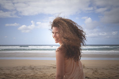 La mar. (www.rojoverdeyazul.es) Tags: chica girl pelo hair playa beach fuerteventura islas canarias canary islands cofete barlovento sonrisa smile sexy guapa pretty espaa autor lvaro bueno