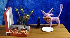 Dsc03049 (GreenWorldMiniatures) Tags: handmade 16 playscale miniature food polymerclay greenworldminiatures pizza pokemon espeon umbreon