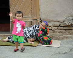 Hi! (Peter Schnurman) Tags: boyandsleepinggrandmother khiva uzbekistan