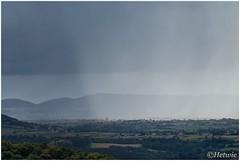 Regen in de verte (HP016533) (Hetwie) Tags: rain uitzicht castle regen vieuw weer wolkenbucht weather polignac hauteloireauvergne frankrijk