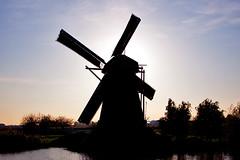 Silhoette Windmill (peterreading) Tags: netherlands holland kinderdijk windmill nederland windmolen molen silhoette afternoon tourist tourism heritage vintage oldendays old sun sunshine daytime wind mill thenetherlands