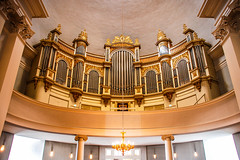 gold and silver (LiterallyPhotography) Tags: kirche helsinki orgel symmetrie