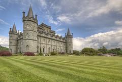 Inveraray Castle (Pagnobito) Tags: building castle grass architecture river nikon lawn sigma granite loch 1020mm hdr fyne topaz inveraray d90 photomatix aray