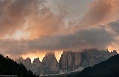 Tramonto a Campitello (cesco.pb) Tags: sunset sky italy alps canon italia tramonto cielo alpi trentino dolomites dolomiti dolomiten valdifassa campitellodifassa efs55250f456is canoneos1000d