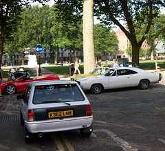 1992 VAUXHALL NOVA GSi - 1968 DODGE CHARGER (shagracer) Tags: vauxhall nova gsi 3 door hatchback hatch hot british gm opel dodge charger american muscle car cars vehicle automobile yank motor 68 queen square bristol classic meet adc breakfast club avenue drivers