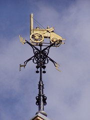 Crewe Mar 2009 Weathervane (DizDiz) Tags: uk england cheshire crewe olympusc720uz