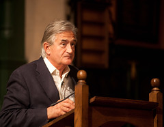 "Antony Beevor • <a style=""font-size:0.8em;"" href=""http://www.flickr.com/photos/67718176@N07/8023140167/"" target=""_blank"">View on Flickr</a>"