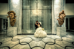 Waldorf Astoria, Chicago (Rasidel Slika) Tags: lighting wedding light chicago statue canon hotel waldorf statues symmetry lobby astoria hdr 1740 hdri 5d3 5dmarkiii twelvesiscateringyahoocom