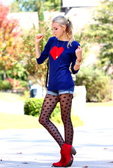 Heart to Spot2 (Thedrawingmannequin) Tags: red fashion vintage sweater heart navy style polkadots spotted booties redboots redbooties vintagepurse sheertights polkadottights heartsweater fashionblogger spottedtights