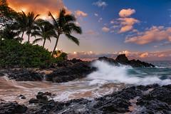 Maui Morning (mojo2u) Tags: morning sunrise hawaii cove secretbeach maui makena weddingbeach nikon2470mm nikond700