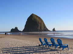 Waiting for sunset (JM1Kendall) Tags: sunset haystackrock cannonbeach sx50 canon beach shore seashore pacific ocean oregon