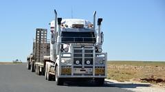 Nothdurft (quarterdeck888) Tags: trucks transport roadtransport haulage lorry class8 tractortrailer overtheroad heavyhaulage australianroadtransport nikon d7100 semitrailer frosty quarterdeck flickr jerilderietrucks jerilderietruckphotos truckphotos australiantruckphotos expressfreight freight roadfreight truck nothdurft westernstar roadtrain dropdecks