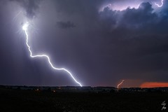 Coups de foudres - CG lightnings - 27/08/2016 - Wideumont (BE) (Geoffrey Maillard) Tags: orage orages belgique belgian belgien belgie onweer bliksem gewitter blitz cg lightning éclairs éclair paysage landscaoe landschaft photographie soirée night evening abend avond trees village wideumont libramont wallonie wallon thunderstorms thunderstorm storm light colorful licht nacht sky skies clouds cloud paysages landscapes lightningscape flickrunitedaward therebeastormabrewin