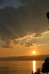 Final sunset (robvandergriend) Tags: lake ohrid macedonie sunset 2016 ray light sun