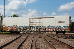(o texano) Tags: houston texas graffiti trains freights bench benching ghouls wyse nekst jerms adikts defthreats dts wh sws a2m
