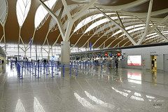 Public departure hall (A. Wee) Tags: shanghai  pudong  airport  china  pvg departure terminal terminal2