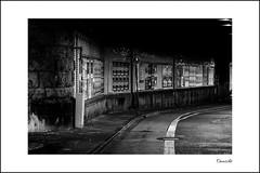 Tunnel | Cologne (Onascht) Tags: dom hauptbahnhof kln nrw nikond610 sommer tokina100mmf28atxprodlens unterfhrung black brcke street white