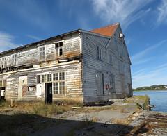 [weathered] (pienw) Tags: mreogromsdal norway sandshamn weathered abandoned urbex
