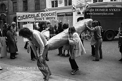 Gay Liberation Front 1970S ENGLAND UK DEMO PROTEST LONDON (Homer Sykes) Tags: gayrights gay gays londonpeople person protesting protester demonstration demo demonstrate archivestock 1970s 70s gayliberationfront uk british english england britain myref34a 307 1971 gaycommunity london gbr