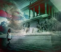 Pasado y presente (seguicollar) Tags: surrealismo surrealista surreal columnas friso esculturas artegriego altarzeuspergamo virginiasegu imagencreativa artedigital arte artecreativo art caballo nubes niebla escaleras mujer mar cielo sea