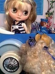 Blythe-a-Day September#8: Pet: Sandy Greets Becky