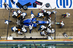 Pitstop (Chris O'Brien Photography) Tags: formula1 sauber silverstone eos600d pitstop 18250mmf3563dcmacrooshsm canon sigma uk racing f1 marcusericsson motorracing motorsport colour team pits mechanics car cars
