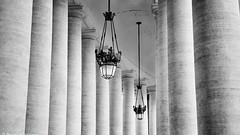 Rom Straenlaterne Vatican b&w (rainerneumann831) Tags: blackwhite linien petersplatz rom strasenlaterne sulen vatican