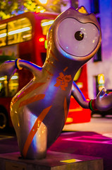 London   |   Wenlock at the Aldwych (JB_1984) Tags: uk england london unitedkingdom mascot olympics paralympics wenlock olympicgames london2012 cityofwestminster paralympicgames pinktrail xxxolympiad mayoroflondonpresents discoverytrails xivparalympicgames