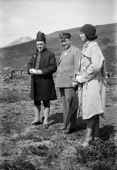 Three persons at Armansfell, Thingvellir, Iceland (Swedish National Heritage Board) Tags: people woman men standing outdoors three iceland costume student fulllength ethnic faroese riksantikvariembetet theswedishnationalheritageboard