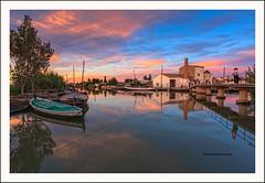 """El Palmar II"" (Pepelahuerta) Tags: boats lago raw embarcadero cielos atardeceres barcas lakers elpalmar laalbufera leefilters canon40d ultraangulares pepelahuerta"
