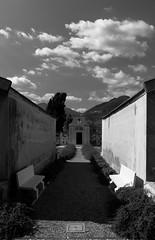 Cimitero di Siviano (drugodragodiego) Tags: bw italy lake cemetery architecture lago pentax brescia lombardia k5 cimitero lagodiseo laghi santella montisola provinciadibrescia pentaxk5