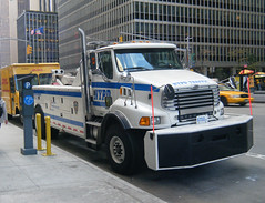NYPD Traffic Tow Truck (Emergency_Vehicles) Tags: truck nypd tow