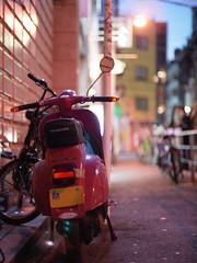 R0013545_2 (anchor recess(lacking of Fe)) Tags: bike scooter  osaka nightscene