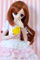Emi (MDD custom) (Suki) Tags: pink blueeyes chick lolita cupcake custom pinkdress brownhair mdd minidollfiedream mariaushiromiya