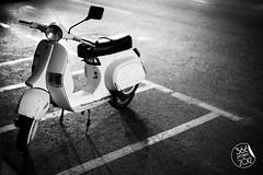 """La dama de blanco"" (""The lady in white"") [270/366] (Domonte Design) Tags: street blackandwhite bw white black blancoynegro blanco monochrome branco night contrast 50mm monocromo noche calle strada noir vespa dof noiretblanc bokeh negro bn motorbike moto contraste motorcycle noite rua rue weiss nuit bianco blanc nicht notte schwarz carrer negre biancoenero nit pdc motocicleta  motociclo brancoenegro weissundschwarz domonte kaleerdian stadtra 366project2012 domonte366project2012"