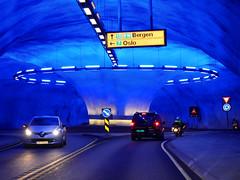 Hardanger : son rond-point dans le tunnel (dd.hz34) Tags: norway hardanger nasjonal turistveger road fjord tunnel magic blue future roundabout nature