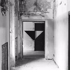 AK_Illusion (| Ak |) Tags: abstract art geometric ak illusion walls opticalillusion opart abandonedspace triange postgraffiti akdwg