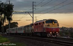 Sleek Sunset (WontonNSWR) Tags: vline aclass bulldog streamliner a66