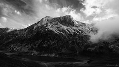 Laguna de Ceirveriz (demianastur) Tags: montaa mountain nikon d3200 saliencia asturias espaa spain landscape paisaje blanco negro black white