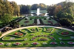 Barock-Garten (team60) Tags: barock garten fichte zypressenheiligenkraut picea abies santolinachamaecyparissus schlosswiesenburg