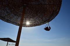 BH (danars) Tags: bh corf costume grecia ombrellone reggiseno sole raggi cielo soleraggi