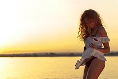 (_Andrish_) Tags: sunset dance torre leg ricci piedi ballo capelli jonio scalzi