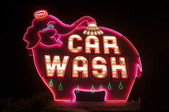 Car Wash (Curtis Gregory Perry) Tags: seattle light usa elephant luz car sign night licht washington long exposure neon unitedstates bright lumire united super aviso schild wash northamerica states letrero luce muestra bord signe sinal enseigne  zeichen   non kyltti segno nen wegweiser       teken indicacin  liikennemerkki uithangbord     criteau