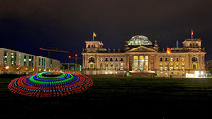 EMD #97 - Extraterrestrian Visitors at the German Bundestag? (Electrical Movements in the Dark) Tags: lightpainting emd lapp lightartperformancephotography electricalmovementsint