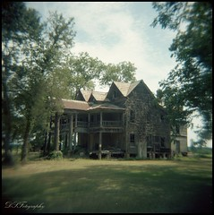 Southern Nobility (dsfdawg) Tags: old house history abandoned 120 film home broken rural ga vintage georgia square holga rust ruins kodak decay exploring south country rustic columns ruin historic haunted spooky southern abandon forgotten plantation historical epson weathered format aged mansion portra boarded 120n holga120n oldsouth nobility bygone v500 dsfotography dsfdawg