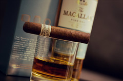 "Liga Privada t52 & Macallan 15 • <a style=""font-size:0.8em;"" href=""http://www.flickr.com/photos/69283092@N05/8063280876/"" target=""_blank"">View on Flickr</a>"